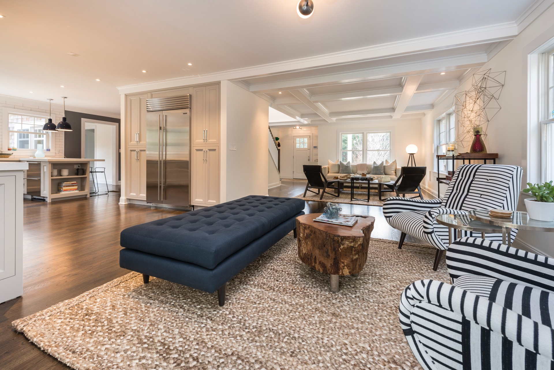 Additional photo for property listing at Stunning And Newly Renovated In East Hampton  东汉普顿, 纽约州
